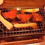 隠 - 牛肉と野菜の網焼き
