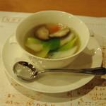 潤慶 - 五目野菜スープ