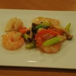 潤慶 - 海鮮の紅麹炒め