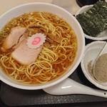 赤坂味一 - 中華そばとトッピングのセット