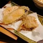 111074390 - 野菜の天ぷら(舞茸、牛蒡等)