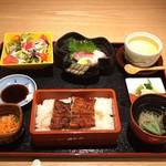 hakataunagiyafujiuna - うなぎ御膳 税込¥2500             7月〜9月限定ランチ