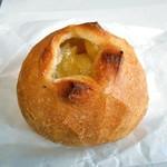 虹工房のパン屋さん - 料理写真:ジャガバターフランス