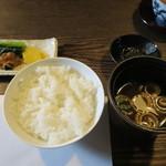 ヒカリヤ ヒガシ - 御飯