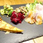 Ikariyasanrokugo - 前菜盛り合わせ