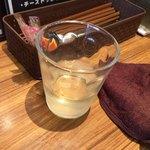栄香苑 - お茶はセルフで