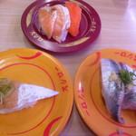 スシロー - サーモン3貫盛り、青物3貫盛り、近海太刀魚の炙り