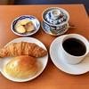 澤田珈琲 - 料理写真:クロワッサン、昔ながらのクリームパン&炭焙煎ブレンド珈琲、ラスク(サービス)