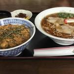 金光 - 玉子丼と中華そば