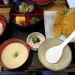 お食事処 しげのぶ - 料理写真:あじフライ麦とろ膳!