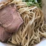 拉麺 芳 - 料理写真:つけ麺(濃厚醤油)大盛り@800円