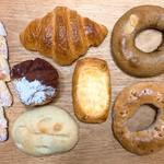 ベーカリー クク - 料理写真:今回買ったパン
