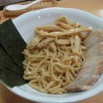 麺や朱雀 - 麺アップ