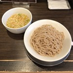 111118131 - ★★★½☆ つけ麺(中・280g・塩・ひやもり)、810円。
