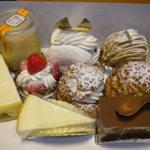 菓子の木 - 料理写真:買い求めたケーキ
