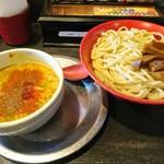 勢拉 - つけ麺(中盛、極太黒メンマトッピング、カレー味トッピング、ネギいっぱい)・一味唐辛子いっぱい