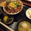Tennengyotoshichirinyakikakureizakayazakoya - 料理写真:紀州産キハダマグロの鉄火丼