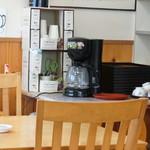 女性部食堂 -