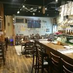 sashimi dining 魚浜 アンド バル - 内観