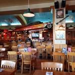 Hard Rock Cafe Guam - 店内。