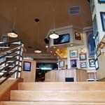 Hard Rock Cafe Guam - 階段。