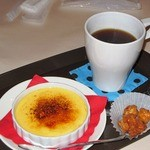 北蔵カフェ ひがの   - クレームブリュレ+コーヒー