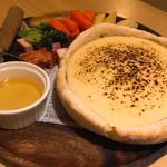 肉バル×個室 ChaCha - シカゴピザ〜チーズっぷり