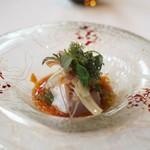リストランテ・イ・ルンガ - 平目のカルパッチョ フレッシュトマト キュウリ カラスミ