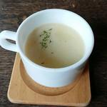 カフェ クウワ - スープ 美味しい!