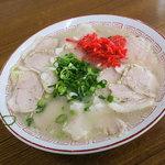 宝来軒 - 料理写真:「チャーシューメン」(680円)を注文。