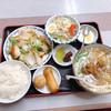 味鮮 - 料理写真:八宝菜定食 980円