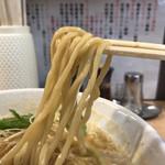 111174005 - 辛味噌ラーメン 麺リフト