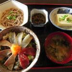 11118619 - 海鮮丼定食