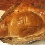 111180139 - ジャルダン洋菓子店のアップルパイ