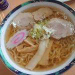 麺龍 - ラーメン(税込572円)