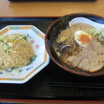 おべんとうのヒライ - 山ちゃんラーメン・チャーハンセット 590円