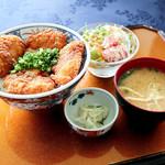 屋島カントリークラブ - 柔らか漬けかつ丼 鶏かつ丼