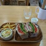 Green Cafe&Bar -