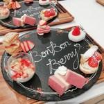 BonBon BERRY cafe - 「ボンボンスイーツプレート」