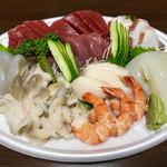 魚計 - 料理写真:刺し盛り