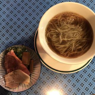 麺屋 Somie's - 料理写真:煮干し醤油 900円