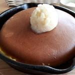 ミツバチガーデン カフェ - スノーハニーパンケーキ(800円) アップ