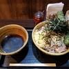 壬生 - 料理写真:肉そば大・ちくわ天。