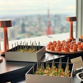 海抜230m、東京の街並みを一望できる開放的な空間の貸切