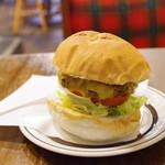 センターフォーハンバーガーズ - ベーコンチーズバーガー