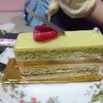 パティスリーモルフォ - 抹茶ケーキ