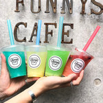 funnys cafe -
