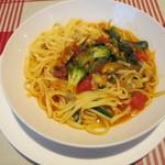 111256671 - アサリと野菜のトマトソース