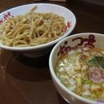 なんつッ亭 - 鶏白湯つけ麺 中盛