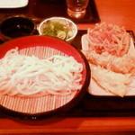 丸亀製麺 - 天ぷらとかき揚げも一緒に
